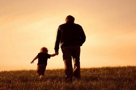 家长课堂:养孩子需要像炒股那样长抓,是一种长期投资