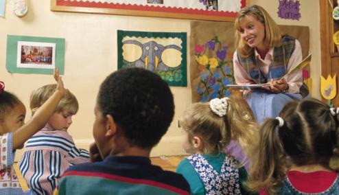 暗示教育:别在孩子面前指责学校或老师
