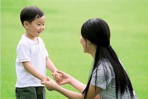 儿童成长:妈妈故意说错话让孩子少焦虑