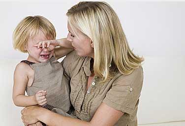 家庭教育:提供有限的选择,拒绝孩子无理要求