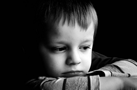 儿童心理教育:引导孩子洞察自己的心因,消除不良