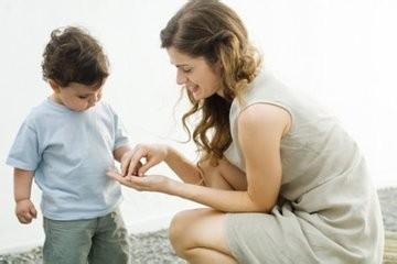 如何培养优秀孩子:正面心像帮助孩子战胜恐惧