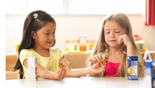 如何让孩子学会谦让!独生子女都不懂得谦让吗?