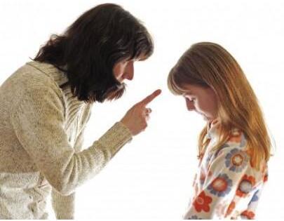 """为什么说对孩子的批评不要总""""翻旧账""""?"""
