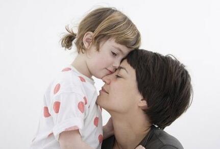 家庭教育视频教学:如何和孩子做朋友,怎样沟通才有效?