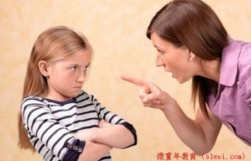 家长就别喋喋不休去伤害孩子了,真的会越来越笨的