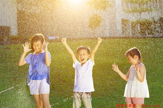 你给孩子播种了阳光了吗,你孩子会微笑,吗?家长们,
