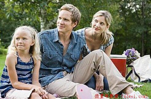 家长需要尊重孩子的自尊,孩子才会尊重家长,不要忽视了