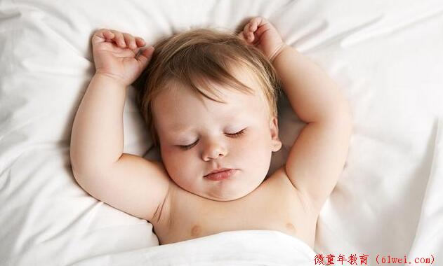 4~7个月宝宝身体功能发育与护理注意事项