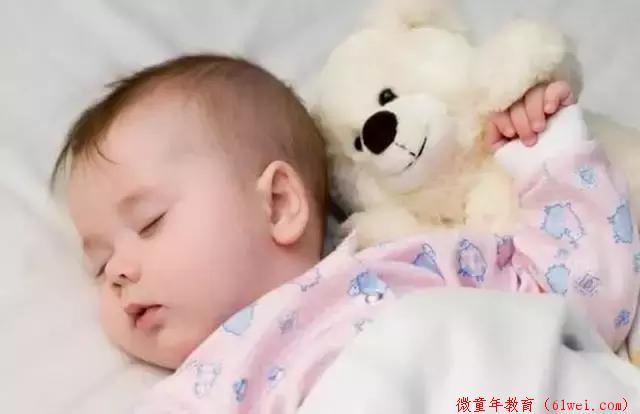"""这些睡眠禁忌碰不得,别给宝宝埋下""""甜蜜炸弹""""!"""