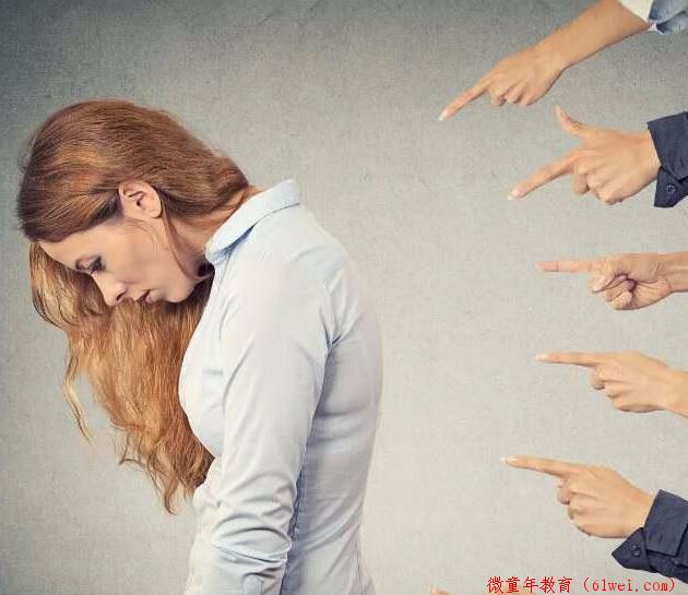 孩子跌倒了,扶还是不扶?心理学实验告诉你,两种选择的差距有多大